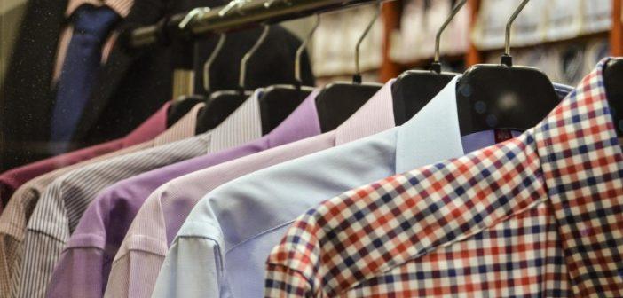 Smarte og praktiske bøjler holder tøjet på plads i skabet